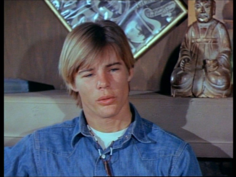 ... Jan Michael Vincent Holds An M1911a1 As Stringfellow Hawke In Airwolf